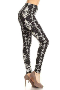 One Size Black & White Diamond Aztec Print