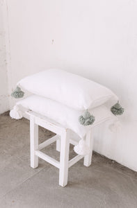 Pillow 60x40 | White/Green | Incl. filling