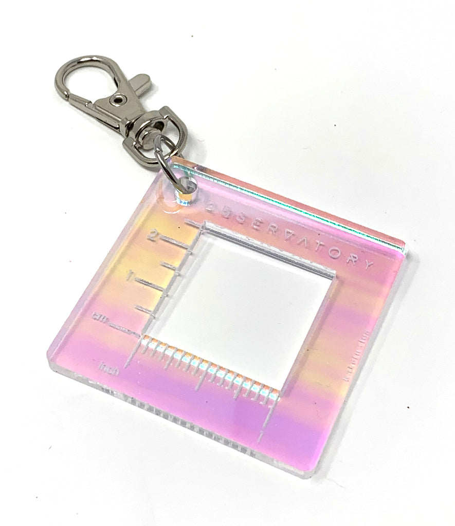 "Acrylic 1"" Gauge Swatch Ruler Fob Clip - theobservatory.shop Katrinkles - manos"