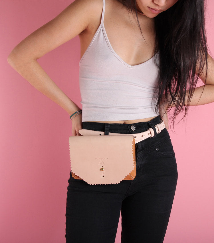 Accordion Waist Wallet - theobservatory.shop Immodest Cotton - manos
