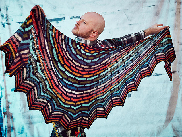Painting Bricks Shawl Pattern by Steven West - theobservatory.shop Westknits - manos