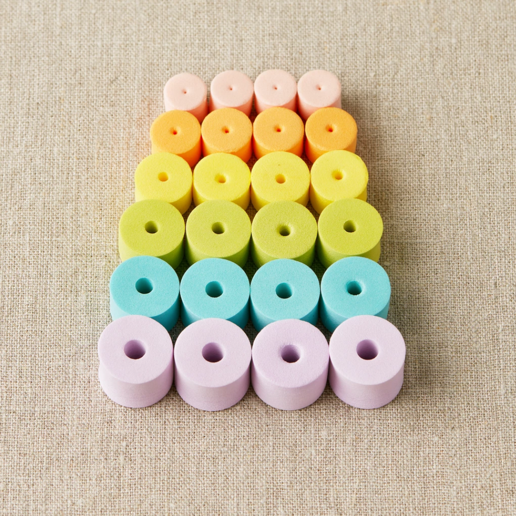Colorful Stitch Stoppers - theobservatory.shop Cocoknits - manos