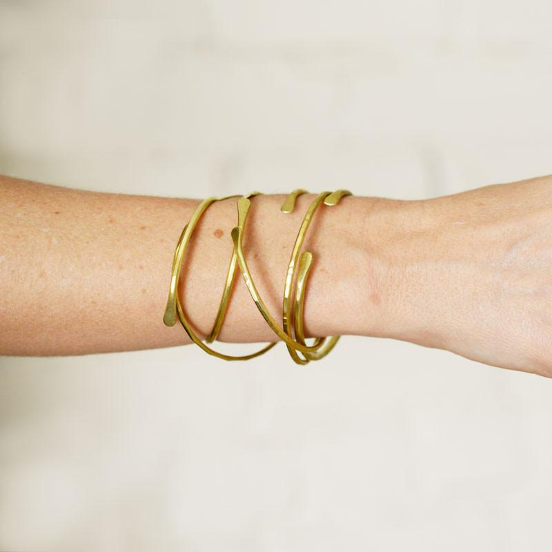 Original Bonnie Bracelets - Brass - theobservatory.shop Original Bonnie Bracelets - manos