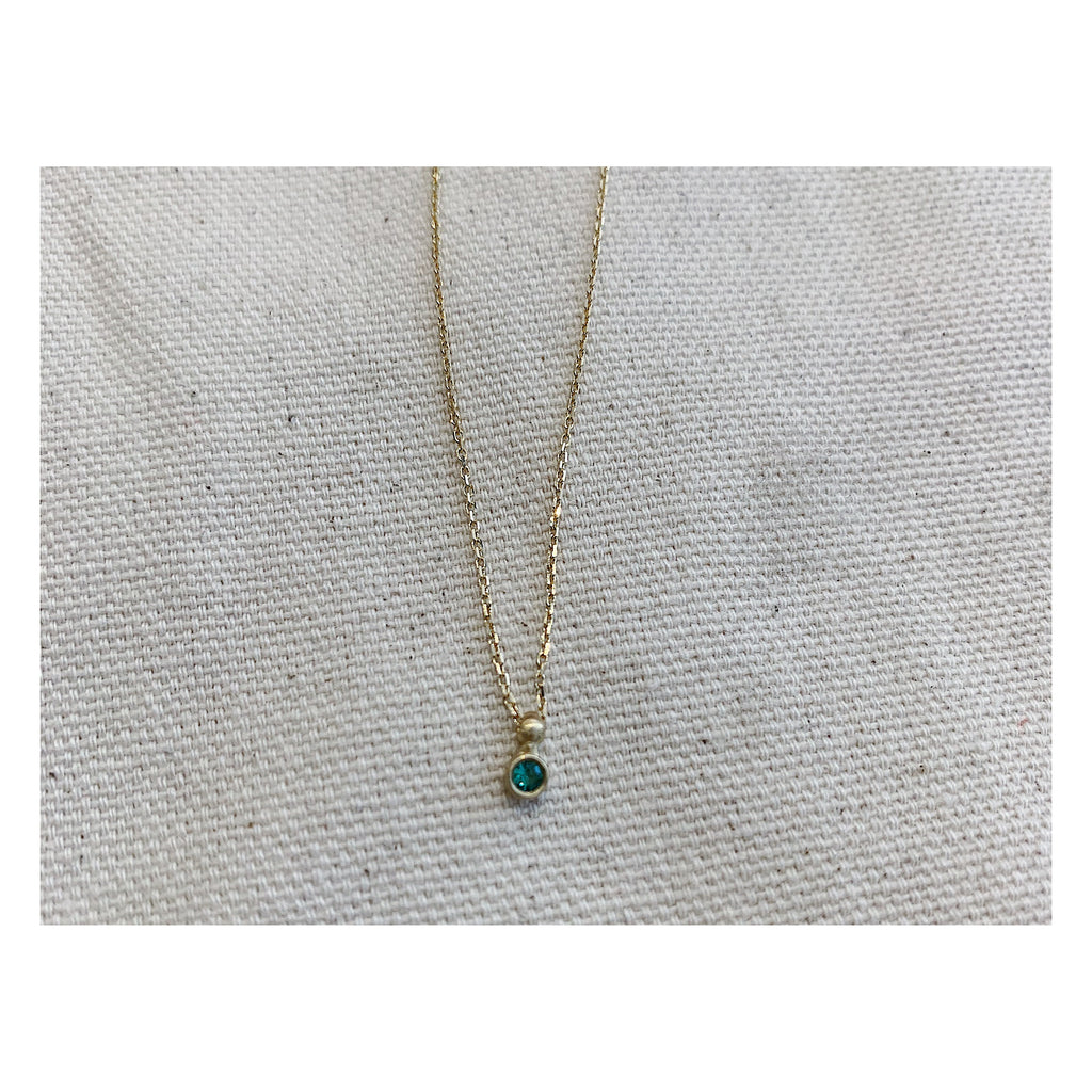 Emerald Spark Necklace on Yellow Gold