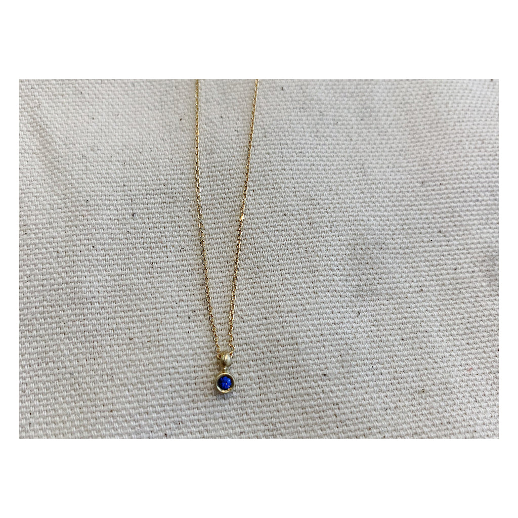 Sapphire Spark Necklace on Yellow Gold