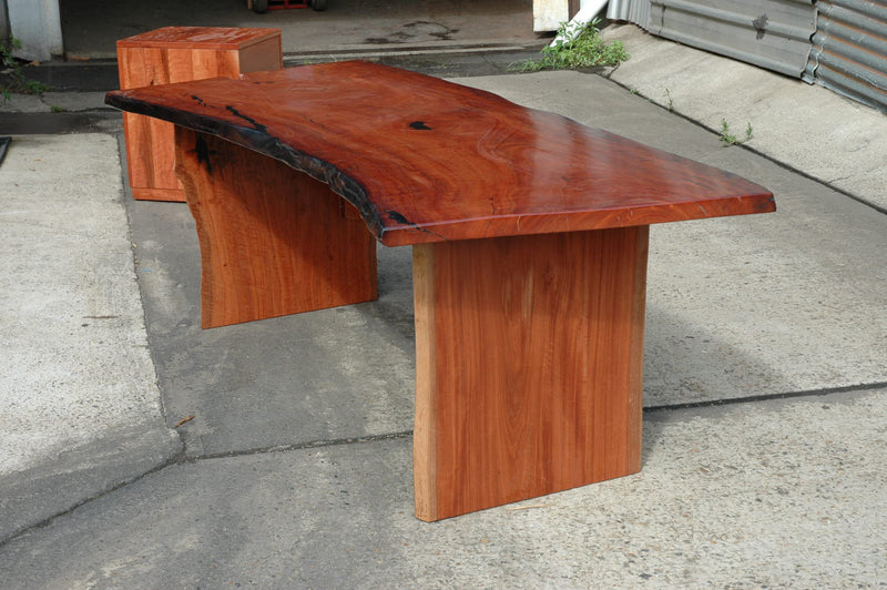 Custom Furniture - The Desk
