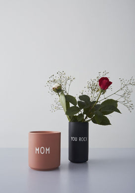 DESIGN LETTERS Favourite cup, MOM Nude