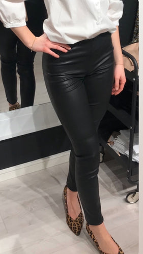 SAINT TROPEZ Leather leggings T5700
