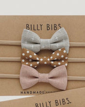 Last bilde inn i Gallery viewer, BILLYBIBS Hayden Bow Set, 3pk.Hårbånd baby Multi