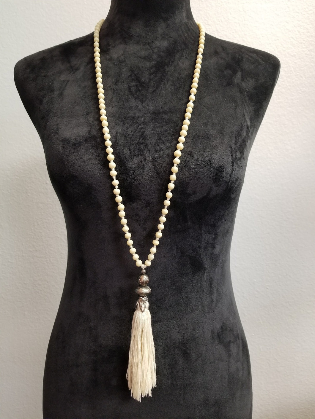 Off White Beaded Necklace w/Tassel