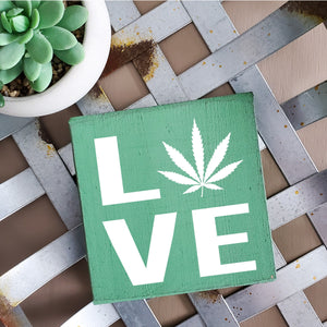 5x5 Shelfie - Love (Cannabis leaf)