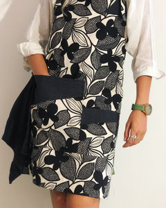 Apron - Black & White Flowers - Pure Linen
