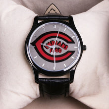 Load image into Gallery viewer, 1940 Cleveland Indians 30 Meters Waterproof Quartz Fashion Watch With Black Genuine Leather Band