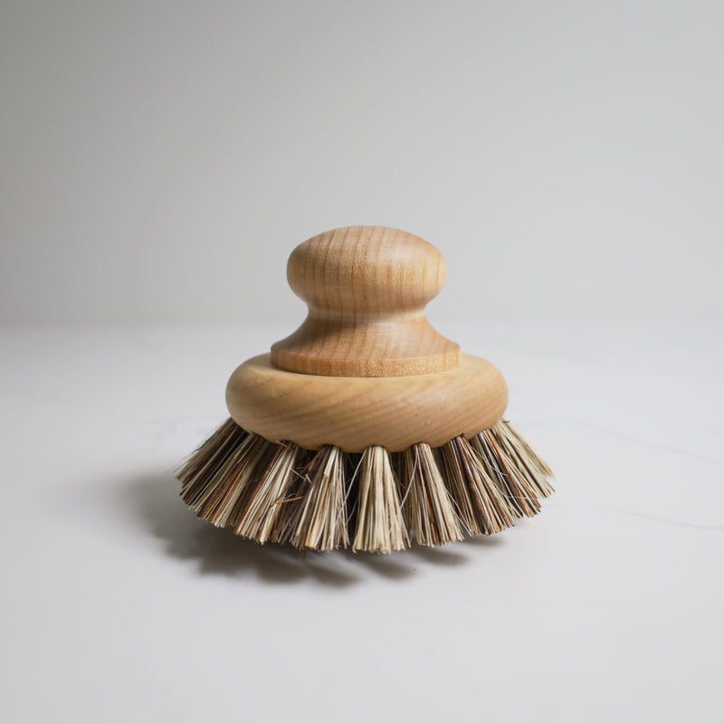 Grande Maple Scrub Brush