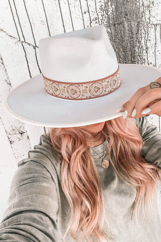 Queenie Hat in Pearl