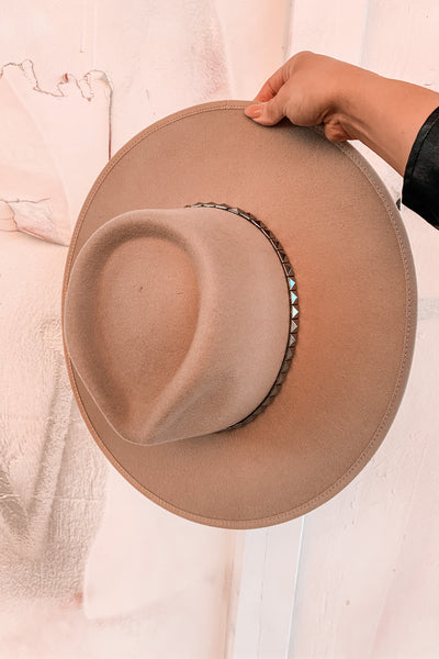 Indy Stiff Brim Hat in Beige