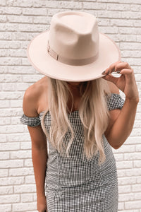 GWEN Stiff Brim Hat in Blush