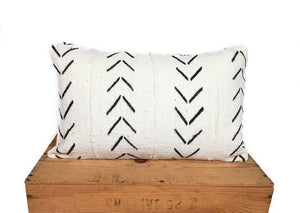"Maxwell - Lumbar White and Black African Mud Cloth - 12""x24"""