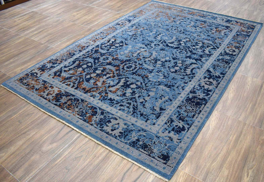 Hand-Knotted Blue Vintage-Inspired Gradient Rug