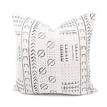 Load image into Gallery viewer, Sara - Beige Geometric Mud Cloth Pillow Cover
