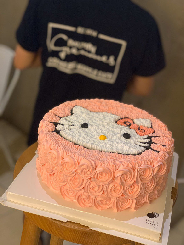 Hello Kitty Fresh Cream Cake