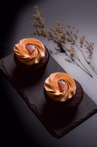 Thai Red Tea Cupcakes