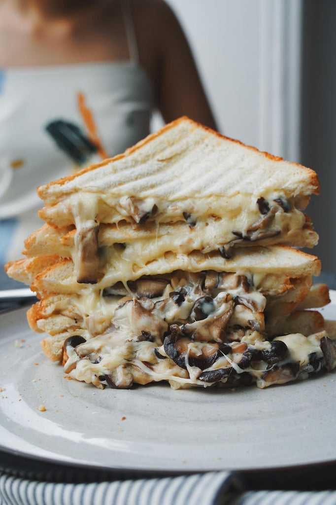 Shiitake Mozzarella Cheese Sandwich