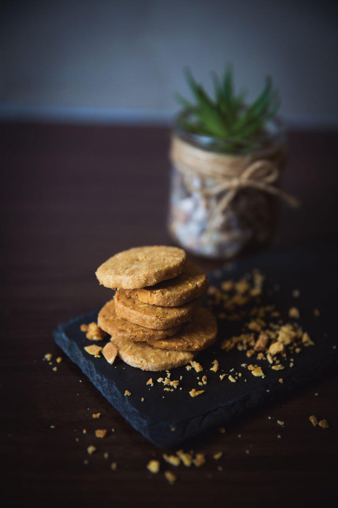 Crunchy Almond Cookies