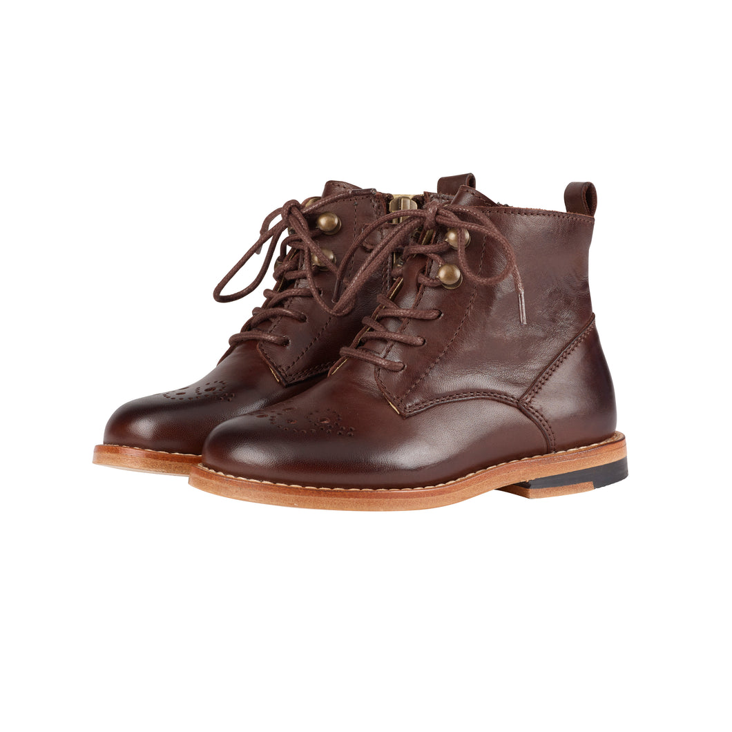 Buster Brogue Boot