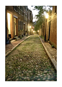BOSTON: Acorn Street at Night