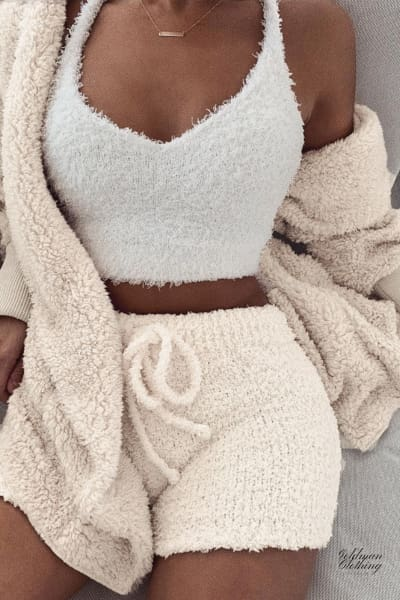 Goldman Clothing LOUNGEWEAR SET FLUFFY Tracksuit Custom Made loungewear-set-fluffy Alla produkter Love time Nytt Set Tracksuit kr599.00