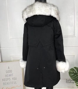Goldman Clothing PARKAS FOX BLACK AND SNOWWHITE Jackor Custom Made parkas-fox-black-and-snowwhite Alla produkter Jackor Nytt Vinter
