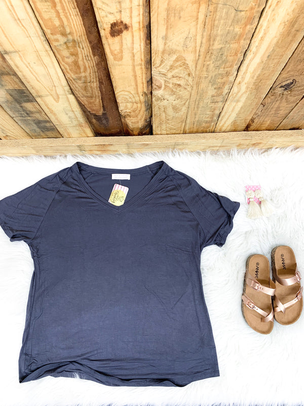 Charcoal Curvy Weekend Tee - Faye Baby Boutique