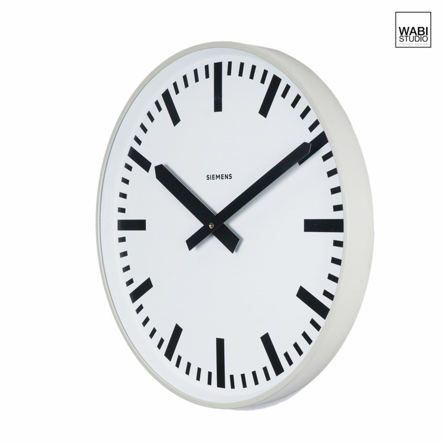 Siemens XL Clock