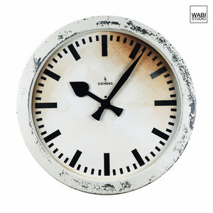 Siemens Old Clock