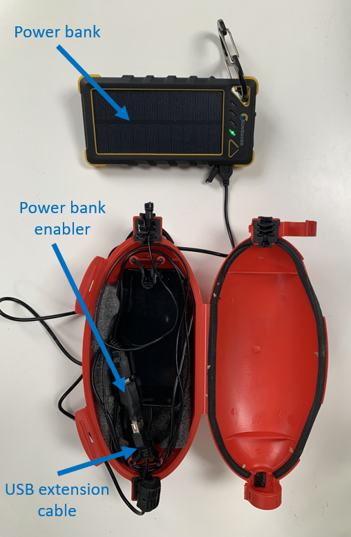 Bird monitor with solar power bank