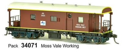 JHG SDS Models: Guards Van JHG 34071 with L7 logo
