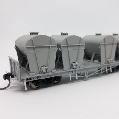 QR Wuiske Models: RTR031: pack1.  HO HJC CEMENT WAGON pack of 3 wagons