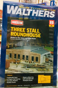 "Walthers: THREE STALL ROUNDHOUSE KIT, #933-3041 HOLDS ENGINES UP TO 13"" LONG. HO"