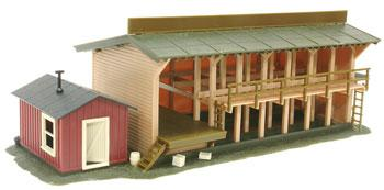 Atlas: HO-LUMBER YARD & OFFICE BUILDING Item #650 Built up model.