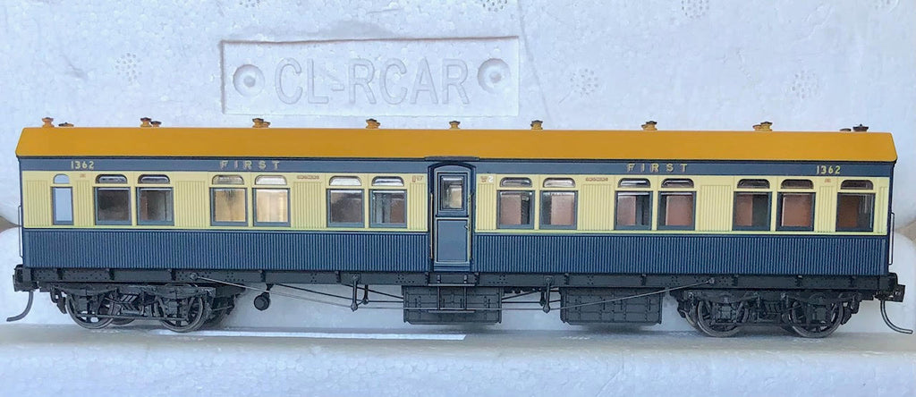"BR1362 1ST Class Passenger Car Blue & Cream from the CAVES EXPRESS train R Type SETS ""Casula Hobbies RTR Models"