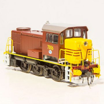 IDR Models: 70 CLASS NSWGR LOCOMOTIVE Reverse Yellow, INDIAN RED 7006