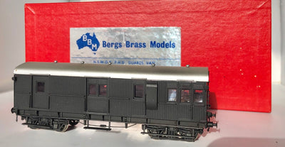 BRASS MODELS D108 :  BERGS BRASS MODELS : NSWGR PHG BRAKE VAN PAINTED BLACK UN-NUMBERS IN MINT CONDITION.