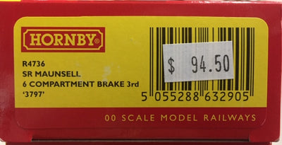 Hornby: new R4736, SR MAUNSELL 6 COMPARTMENT BRAKE 3RD CLASS COACH '3797' NEW MODEL. DISCOUNT PRICE.