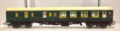 2nd BRITISH HORNBY R934 PASSENGER S.R. COACH 4351 BRAKE THIRD SOUTHERN.  VERY GOOD CONDITION.  X015