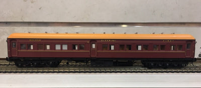 P. Eureka Models : ACS 925 COMPOSITE SLEEPING CAR INDIAN RED NSWGR 12 Wheel Passenger 72'.6