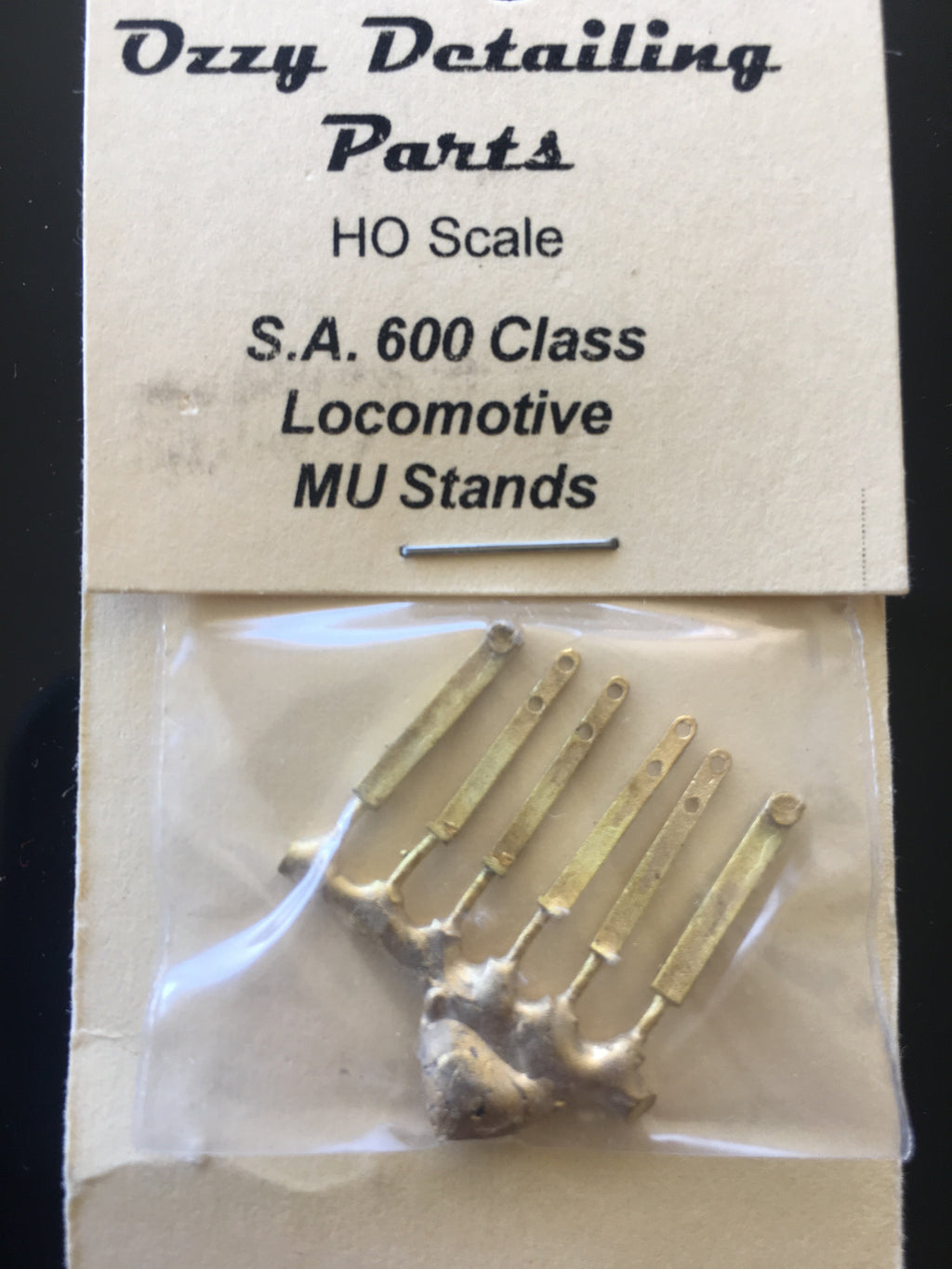 110 - 830 / 600 MU & Handrail Stanchions for 830/600 Class S.A.R. Ozzy Brass #110