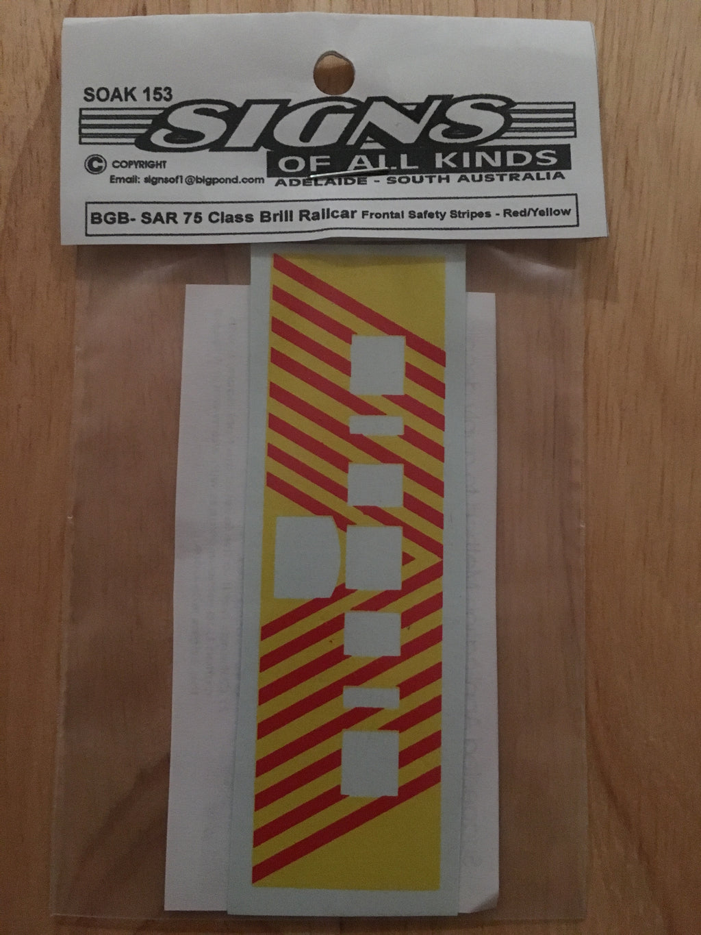 SK153 BRILL 75 RAILCAR RED/YELLOW DECAL HO