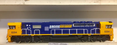 82 Class On Track Models: 8204 Pacific National Locomotive with DCC & SOUND