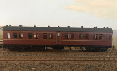 BR - RRP $150 save $15: BR1365 1st CLASS PASSENGER CAR INDIAN RED FROM THE R Type Sets Casula Hobbies: RTR*